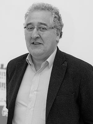 Carlos Raya De Blas